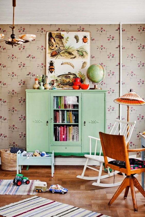vintage-accessories-retro-style-kids-bedroom