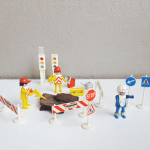 playmobil-construction-worker-set-vintage-toys-kids-cape-town-1