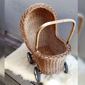 wicker-pram-dec-2018-vintage-toys-cape-town-1
