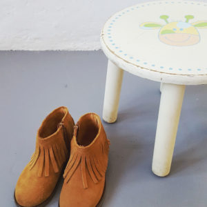 wooden-stool-vintage-accessory-kids-cape-town-1